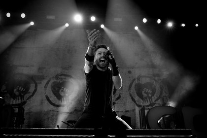 Politisch - Fotos: Rise Against live in der Hanns-Martin-Schleyer-Halle in Stuttgart